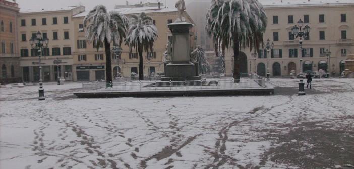 Sassari-Piazza-Italia-sotto-la-neve