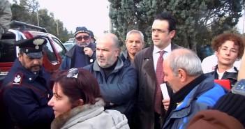 Nella foto a destra l'attivista iRS Bettina Pitzurra