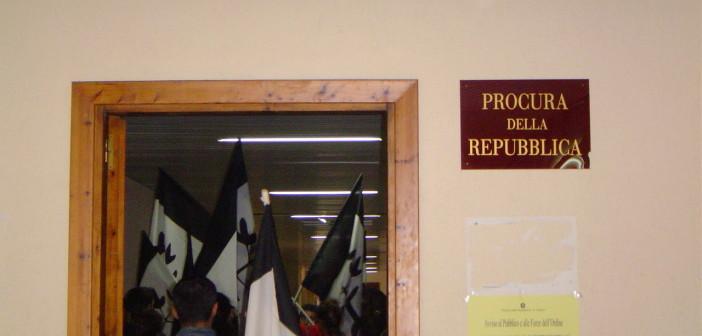Processo per occupazione PISQ 14 ottobre 2004  037